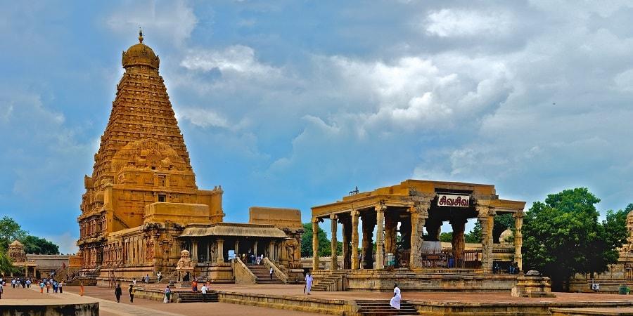 Brihadeshwara temple at Tanjore