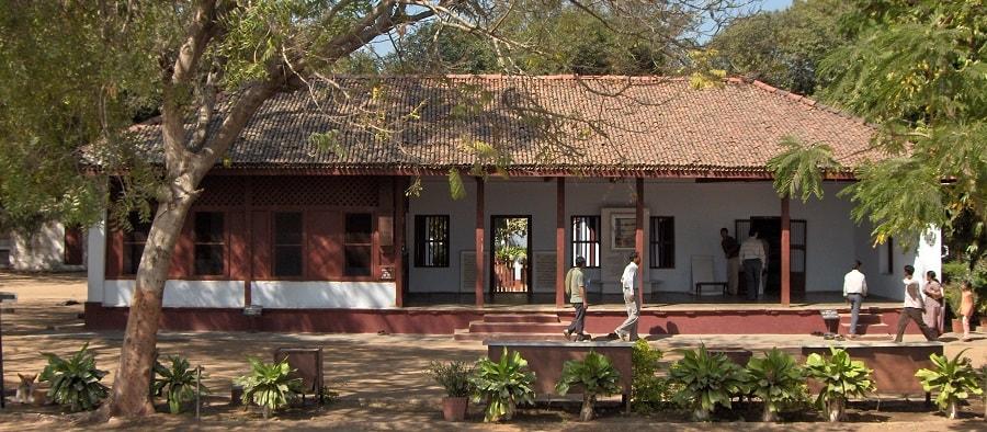 gandhiji history information